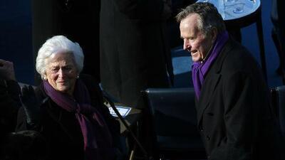 George H. W. Bush y su esposa Barbara se encuentran internados en el Hospital Metodista de Houston