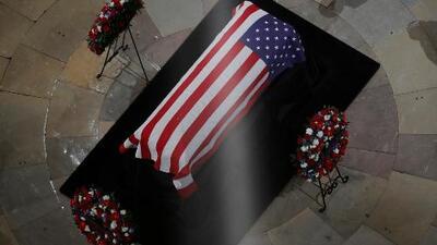 Féretro de George Bush padre llegará a Houston el miércoles para las últimas honras fúnebres