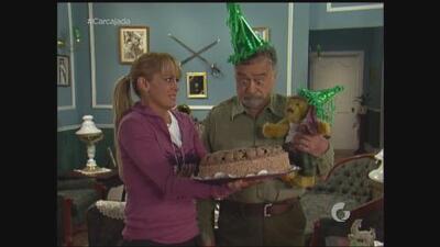 Vecinos   'Don Roque' quiere una fiesta de cumpleaños