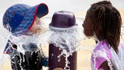 Al menos tres muertos por la ola de calor que está afectando a 150 millones de personas