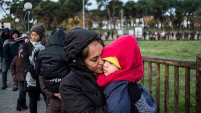 The aerial caravan: Central Americans seek asylum in Spain