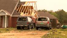 Fuertes tornados en Mississippi dejan enormes destrozos, se esperan más tormentas