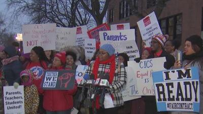 Cerca de 3,000 estudiantes de una red de escuelas charter podrían verse afectados en caso de concretarse una huelga