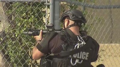 """""""Nunca hubo rehenes"""": Policía de Miami interroga a sospechosa de haber creado falsa alarma"""