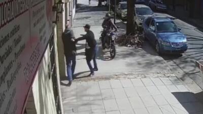 Así operan los 'motochorros' o delincuentes en motocicletas en las calles de Argentina