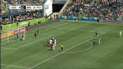 ¡Terrible Oso! Román Torres falla lo infalible, Seattle Sounders acaricia el gol