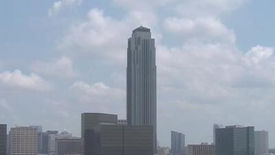 Cielos mayormente nublados y condiciones secas durante la tarde y noche de este lunes en Houston