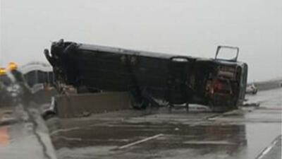 Accidente de autobús causa 2 muertos y varios heridos en el norte de California