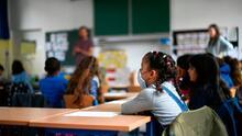 Gobernador de Arizona levanta la orden del uso obligatorio de mascarillas en las escuelas K-12