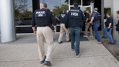Estas son las nuevas normas de deportación de ICE tras abandonar la política de 'tolerancia cero' de Trump