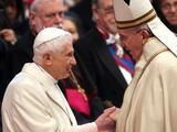 Benedicto XVI y Francisco, dos papas en un pulso que redefinirá a la Iglesia católica