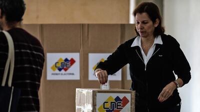 ¿Puede Venezuela pagar un referendo para sacar a Maduro del poder?
