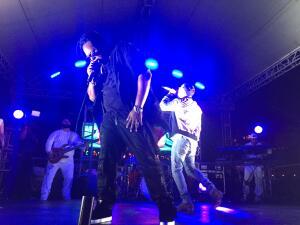 Zion & Lennox en estreno exclusivo con KQ 105