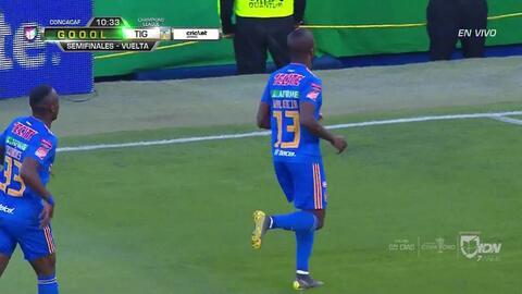 ¡GOOOL! Enner Valencia anota para Tigres