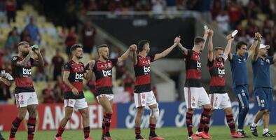 Alarma en Brasil: muere masajista del Flamengo y hay ocho infectados más