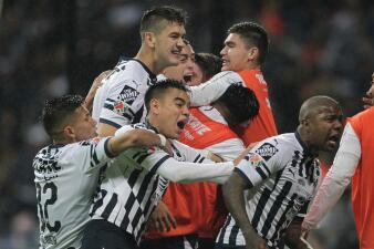 En fotos: Monterrey se impuso al América en un duelo marcado por la polémica arbitral