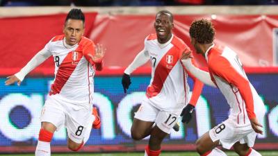 En fotos: Perú apenas marcó la diferencia sobre Paraguay, próximo rival de México