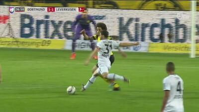 El Leverkusen empata muy rápido a través de un gran disparo de Kevin Volland