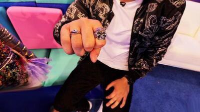 ¿Qué significan los anillos de Sebastián Villalobos?