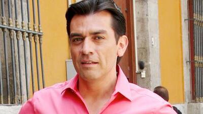 No piensa operarse: Jorge Salinas está aprendiendo a vivir con sus dolores de columna
