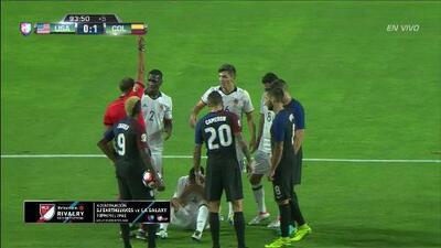 Expulsión!!! Santiago Arias Naranjo recibe la segunda amarilla y se va del juego
