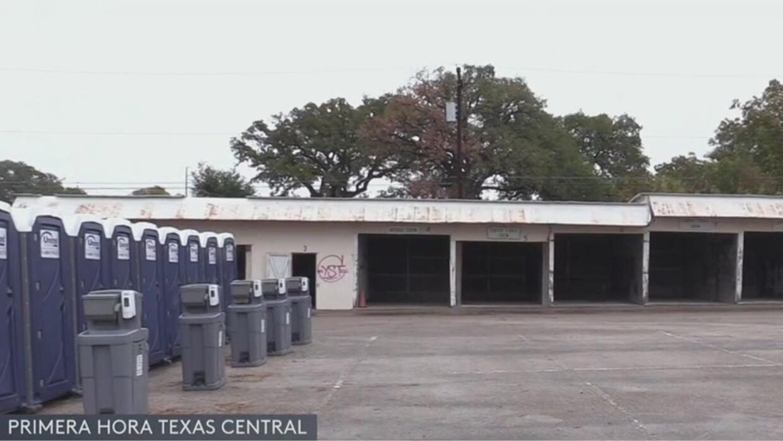 Abre el nuevo campamento temporal para indigentes en Austin - Univision