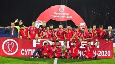 """Tayikistán, otra liga de futbol  """"inmune"""" al coronavirus"""
