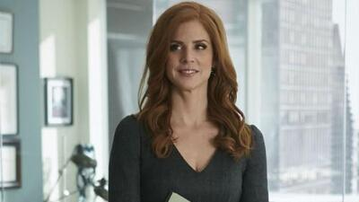 Suits Actress Sarah Rafferty: Mommy on the Move