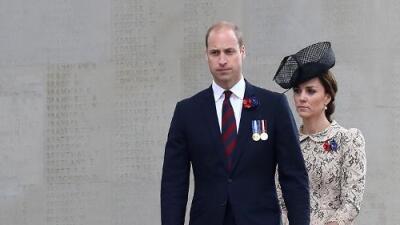 El príncipe William y Kate Middleton piden 1.6 millones de dólares por las fotos toples