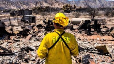 Incendio 'Blue Cut Fire' ha consumido 105 viviendas en California