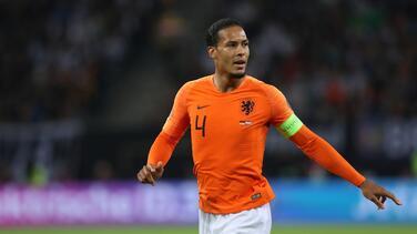 Virgil Van Dijk informa que no podrá jugar la Eurocopa