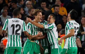 En fotos: Andrés Guardado se lució en la victoria de Betis contra Barcelona de visitante