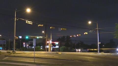 Peatón muere arrollado mientras intentaba cruzar una calle en Austin
