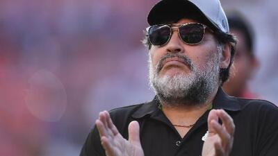 Maradona da su 'bendición' al 'Chucky'