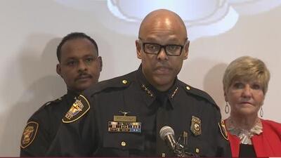Jefe de policía de Fort Worth es despedido tras un incidente en Washington