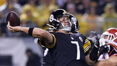 Roethlisberger lanza cinco touchdowns y Pittsburgh aplastó a Kansas City