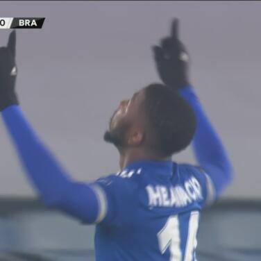 ¡Qué suerte de Iheanacho! Logra el 2-0 de Leicester tras un desvío
