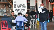 Restaurantes en Los Ángeles, ante el reto de encontrar empleados en medio del plan de reapertura