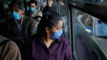 Comisión laboral de California evalúa las nuevas reglas para el uso de mascarillas en lugares de trabajo