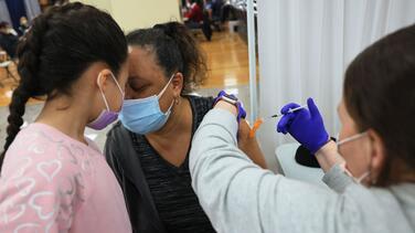 Confirman que Chicago e Illinois no reportaron casos de coágulos por la vacuna Johnson & Johnson