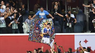 Maradona, el argentino que se lleva los reflectores por sus declaraciones en el Mundial