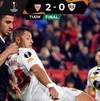 Con Chicharito, Sevilla derrotó al Qarabag y mantiene la perfección