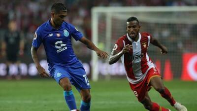 Héctor Herrera y Jesús Corona a defender el título del Porto en la Liga de Portugal