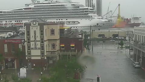 Houston se mantiene en alerta ante las difíciles condiciones climáticas de las últimas horas