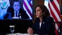 En su primera reunión bilateral, Harris y el presidente de Guatemala se comprometen a frenar la inmigración indocumentada