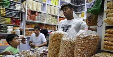 Por qué los aranceles de India amenazan la próspera industria de las almendras en California