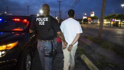 ICE detiene a hombre en High Point