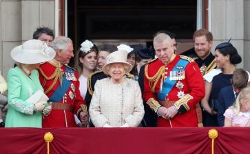 En fotos: El 'desfile de colores' con el que la reina Elizabeth celebró su cumpleaños 93