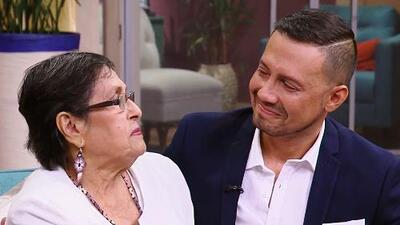 Luis Sandoval conmovido le da gracias a su madre por apoyarlo al confesarle que era gay