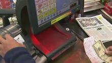 Galleta de la fortuna honra su nombre y le da a ganar a un hispano medio millón de dólares en la lotería